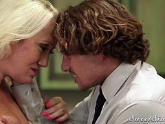 Alana Evans is a horny mommy, who always looks for a hard pole to dance around! As this lady finds Tyler alone, she seduces him with dazzling gaze and makes him play with her bewitching big boobs. Squeezing her tits makes him quite hard and the slutty mama undresses him with kissing, to begin sucking his cock.