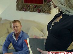 Stepmom cougar pussyfucked in trio before facial