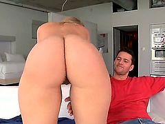 Big booty pornstar Alexis Texas  wears nothing by stilettos in this hot blowjob scene. She  gives mouth job with her killer bottom up on the couch after some face sitting. Nice curvy woman with hot ass!