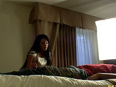 Brunette amateur and her stud screwing hardcore in bed in home made clip