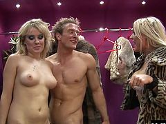 Cindy Behr and Syren Sexton are out shopping for some shoes when they