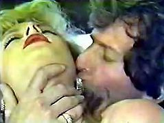 Two hot classic babes in vintage lesbian sex session