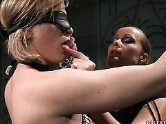 Blonde Steffie with juicy melons and Katy Parker love lesbian sex