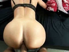 Nacho Vidal plays with eye-popping Lunae Yins chocolate speedway after he bangs her hole with his sturdy boner