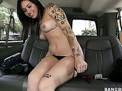 With big ass tries her hardest to make hot bang buddy bust a nut with her mouth