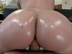 Kelly Divine is a sassy redhead that has a huge love for riding cocks. Shes a pawg babe and shes going to get her awesome and huge ass all oiled up for this here video