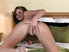 Daisy Lynn with big hooters and smooth snatch stripping for you to enjoy in solo scene