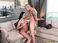 Bethany Benz cant stop playing with herself