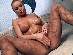 Silvia Saint has a lot of sexual energy to spend and does it alone!
