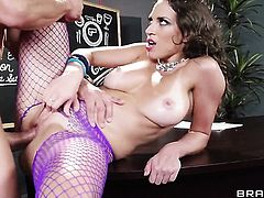 Tommy Gunn wants to drill Horny Lily Loves sweet mouth forever