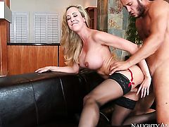 Danny Mountain pounds gorgeous Brandi Loves love box in every sex positon