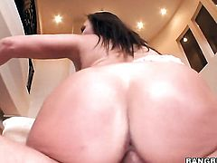 Brunette Claudia Valentine with bubbly ass has fire in her eyes as she gets her throat drilled by her bang buddy