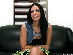 Naughty slut Amber Cox with bubbly bottom warms man up and and jacks him off