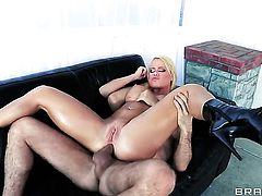 Nikki Delano with big boobs fucking like it aint no thing in anal action with hot dude James Deen