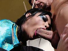 Kaylani Lei gets her nice face covered in sticky nectar after sex with horny dude
