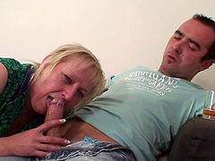 She finds her mature mom sitting onto her BF's power tool