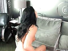 India Summer is tugging on a dick