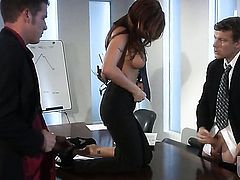 Kirsten Price gets jizz covered in wild cumshot action