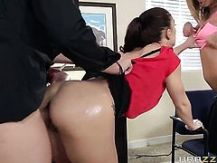 Xander Corvus gets pleasure from fucking Jada Stevens in her pussy