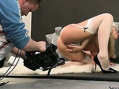 Amazing kitty Silvia Saint takes sex to the whole new level as she fucks with horny dude