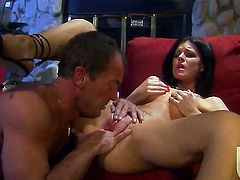 Beautiful minx India Summer gets skull drilled the way she loves it