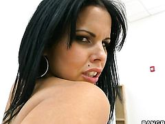 Brunette senora Diamond Kitty does dirty things and then gets cum drenched