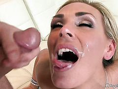 Diamond Foxxx gets satisfaction with horny bang buddy Tommy Gunn