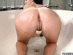 Redhead seductress Sophie Dee with bubbly ass finds hot dude sexy and takes his hard tool