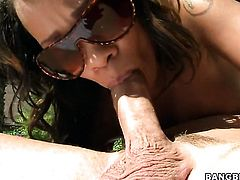 Brunette Melrose Foxxx with huge boobs does lewd things and then gets her pretty face painted with cock juice