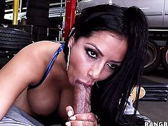 Chicana Kiara Mia with phat butt takes guys fuck stick doggystyle