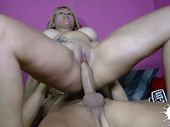 Hot and horny Milf has huge natural tits and does a titjob that knocks out this skinny dude with a big dick!