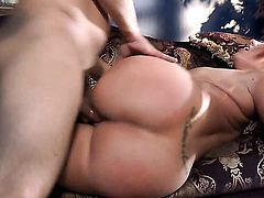 Kelly Devine has some time to get some pleasure
