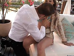 Rocco Siffredi sticks his rod in breathtakingly hot Manuellas twat