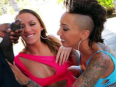 Lexington Steeles big black cock is what Juelz Ventura and Bella Bellz enjoy in interracial threesome. Tattooed babe teams up with a sweet slut to give double blowjob.