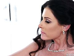Diamond Jackson  India Summer with giant jugs gets turned on and then slam fucked interracially by horny man