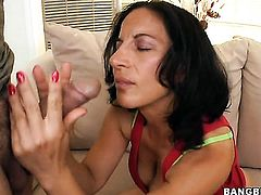 Brunette Melissa Monet is on the way to the height of pleasure with her mans dick in her mouth