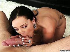 Brunette Liza Del Sierra with phat ass satisfies guys sexual needs and then gets covered in cock cream