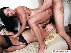 Seth Gamble makes his rock solid worm disappear in sinfully sexy Alura Jensons wet hole