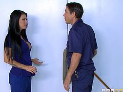 Peta Jensen has a great pair of tits and just loves to suck the dick
