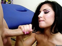 Bettina DiCapri is ready to spend hours with dudes cock in her mouth
