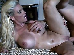 Diamond Foxxx spends time sucking guys rock solid meat stick