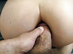 Ivett B gives throat job like no other and hard dicked fuck buddy Rocco Siffredi knows it