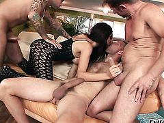David Perry has a good time banging playful Chokys mouth after she takes it in her asshole