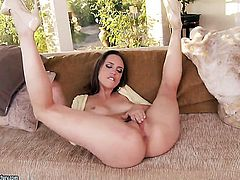 Brunette Jade Nile and hot blooded guy have oral sex on cam for you to watch and enjoy
