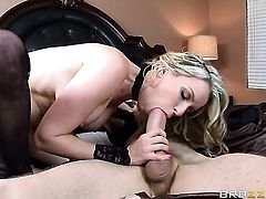 Saucy harlot Courtney Cummz with giant tits loves the way Danny D bangs her mouth