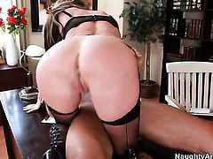 Taylor Wane has hardcore fun with hot fuck buddy Alan Stafford