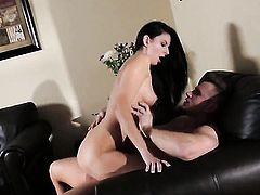 Nikki Daniels cant live a day without taking throbbing meat pole in her mouth