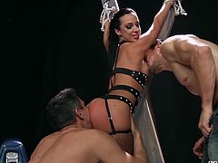 Jada Stevens pounded in the ass in double penetration fuckin
