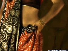 Awesome Indian Dancer MILF