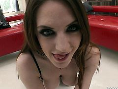 Samantha Bentley enjoys the warmth of Rocco Siffredis hard tool deep down her throat